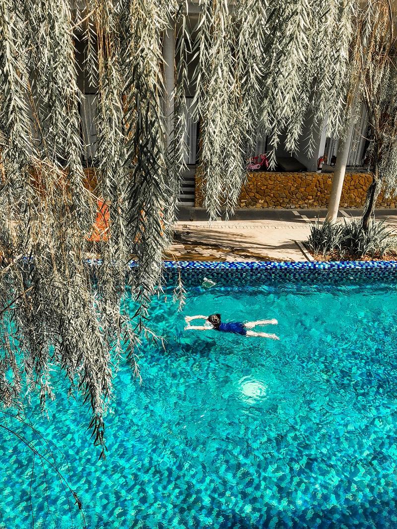 Swmming Pool Neo Green Savana Sentul City 6.jpeg