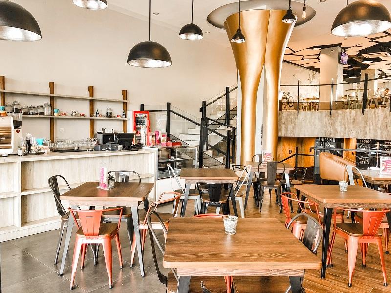 Coffee Lounge Fave Hotel Medan.jpeg
