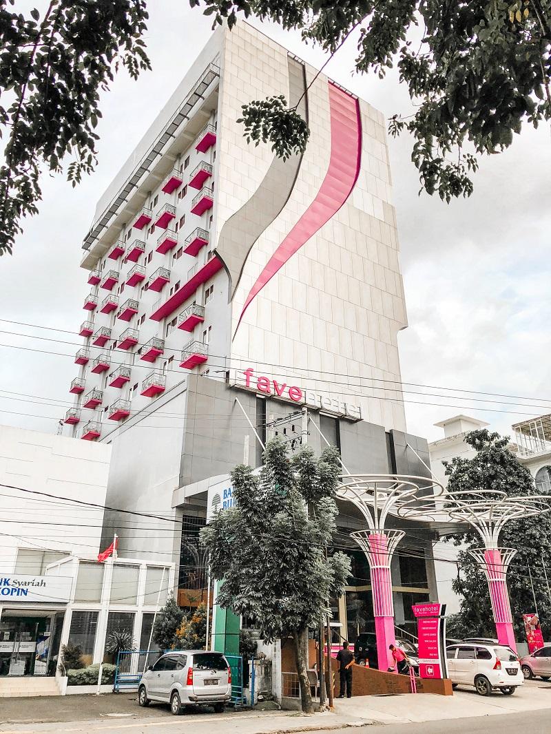 Gedung Fave Hotel Medan.jpeg