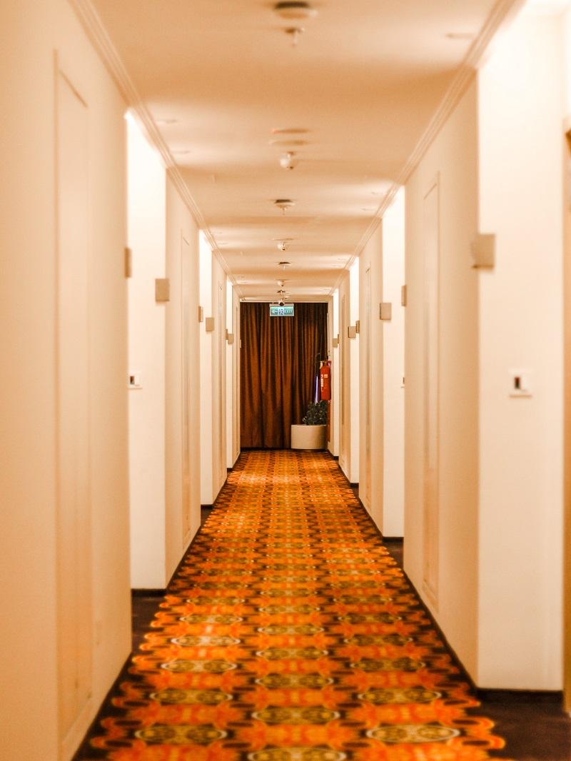Room Horison Hotel Ciledug 01.jpeg