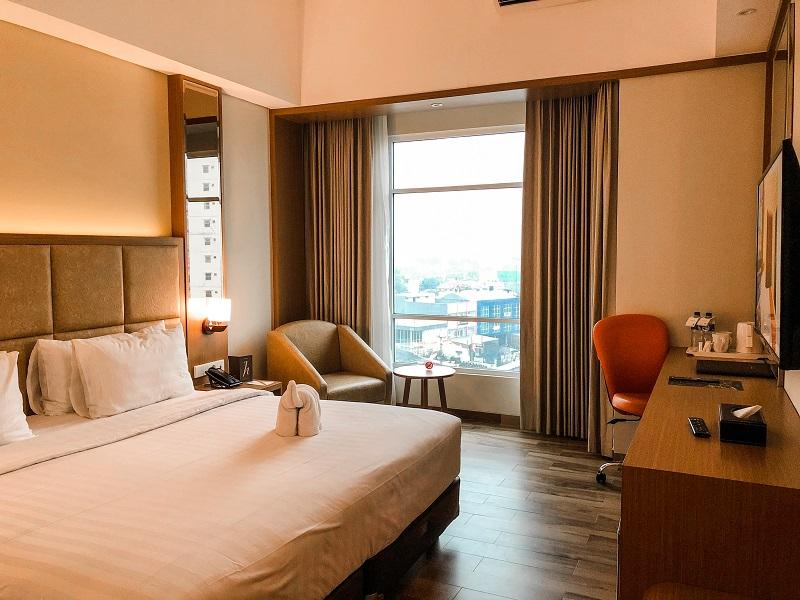 Room Horison Hotel Ciledug 02.jpeg