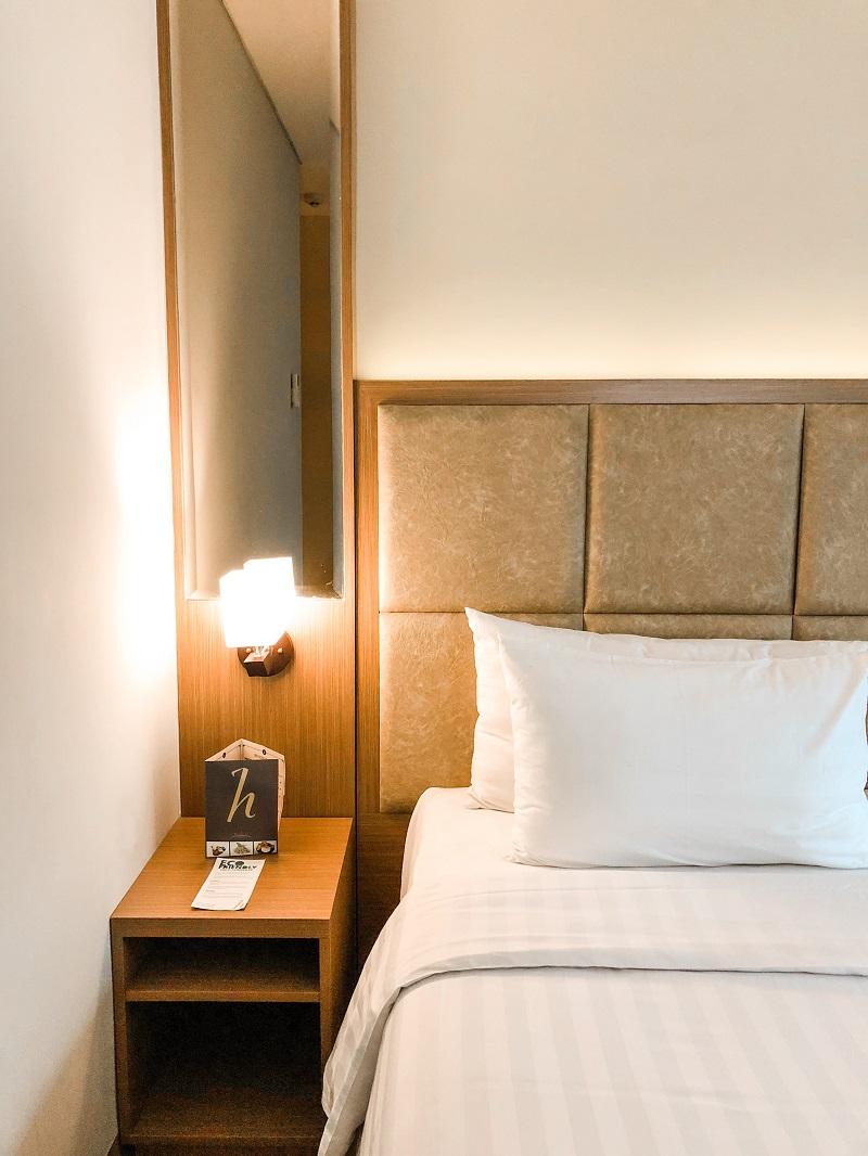Room Horison Hotel Ciledug 04.jpeg