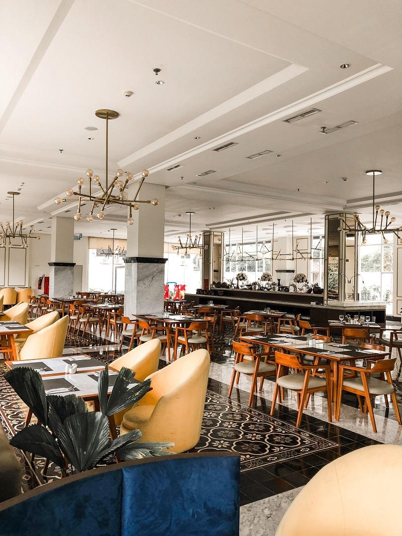 Santan Restaurant Horison Forbis Hotel 4.jpeg