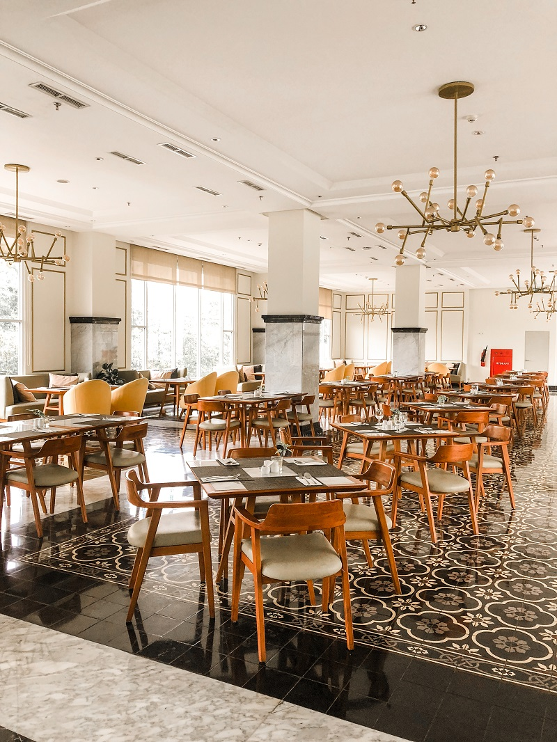 Santan Restaurant Horison Forbis Hotel.jpeg