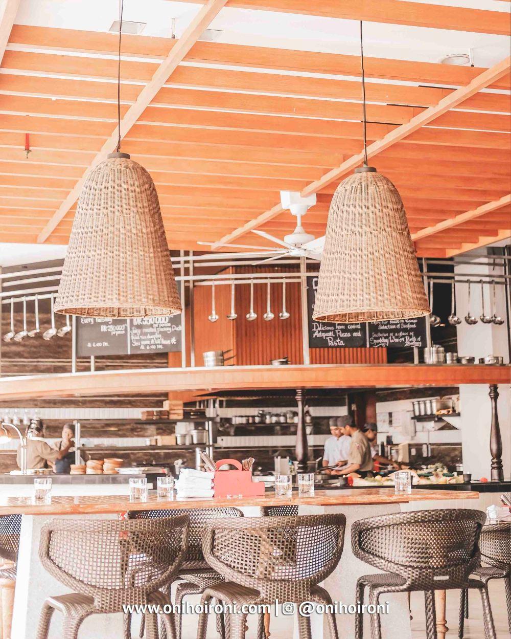 1 Restaurant The Stones Hotel Bali Legian