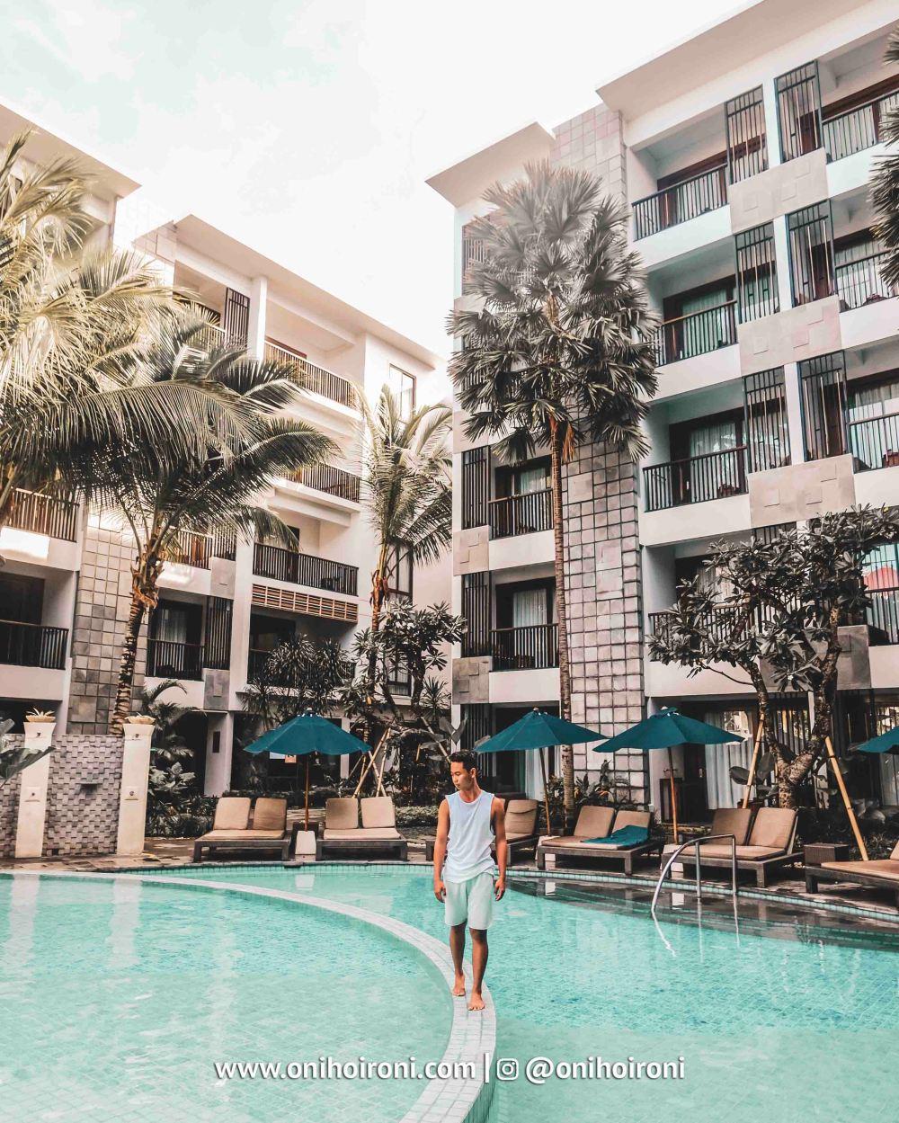 14 Swimming Pool Courtyard Seminyak
