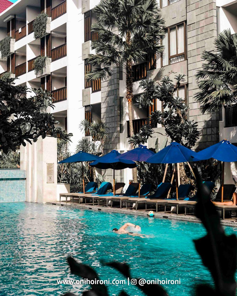 17 Swimming Pool Courtyard Seminyak