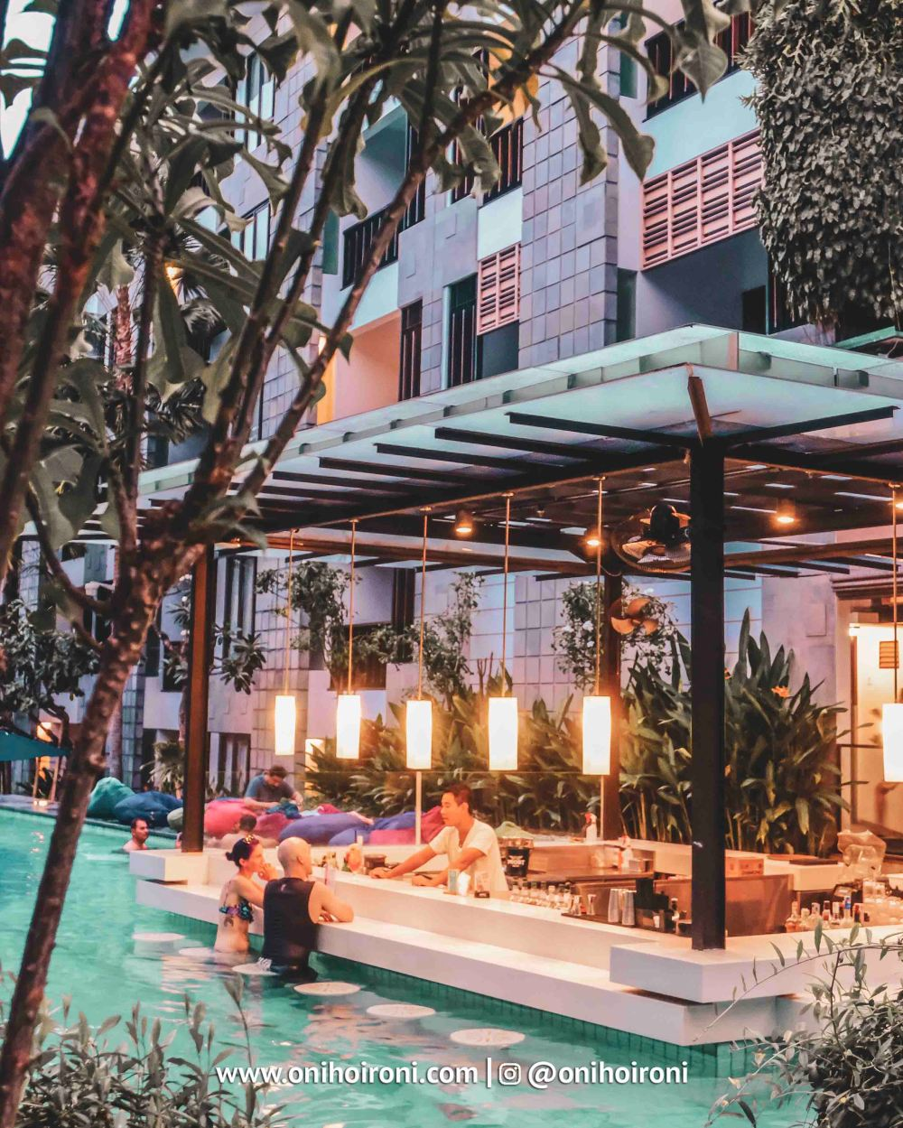 2 Pool Bar Courtyard Seminyak