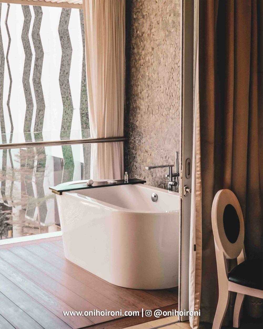 2 Room The Stones Hotel Bali Legian