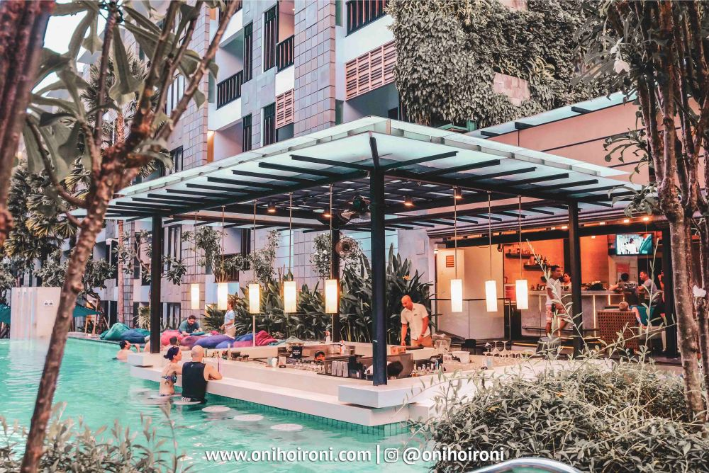 4 Pool Bar Courtyard Seminyak