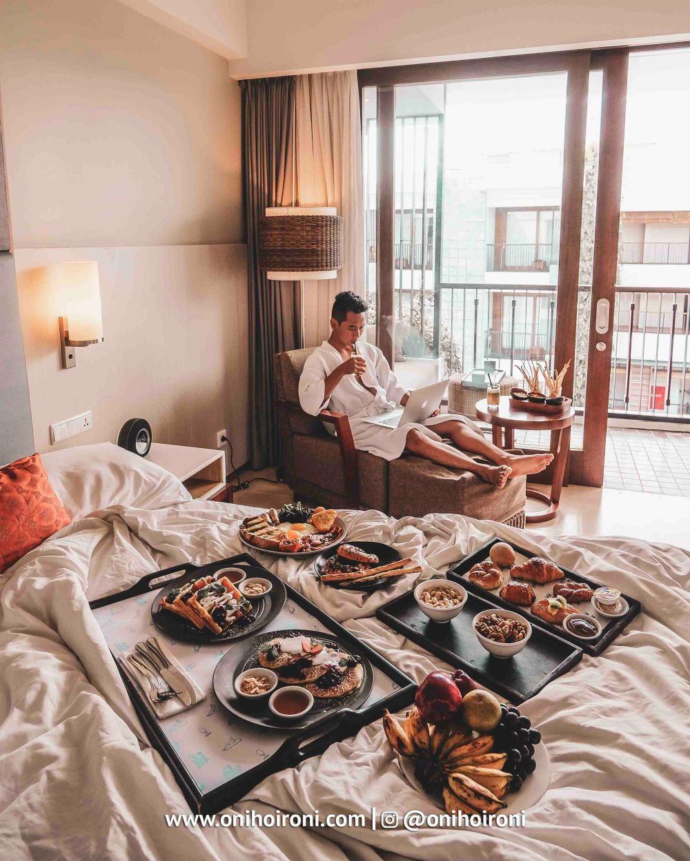 7 Room BREAKFAST Courtyard Seminyak Bali