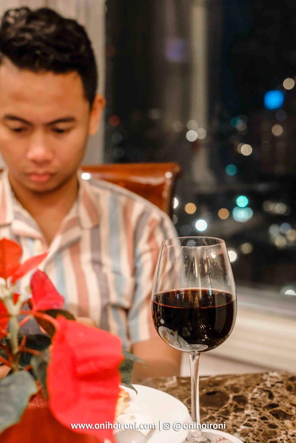 club lounge crowne plaza jakarta 3