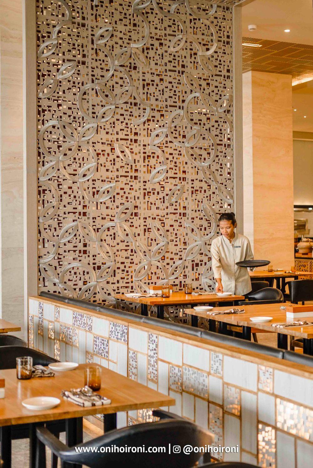 epic restaurant alila solo
