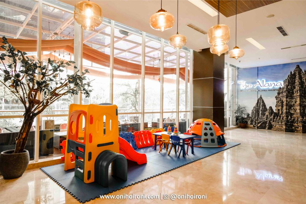 lobby Alana Jogja 2.jpg