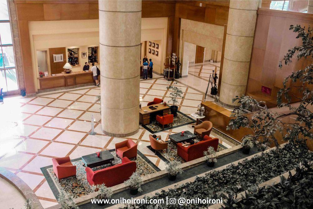 lobby crowne plaza jakarta 5