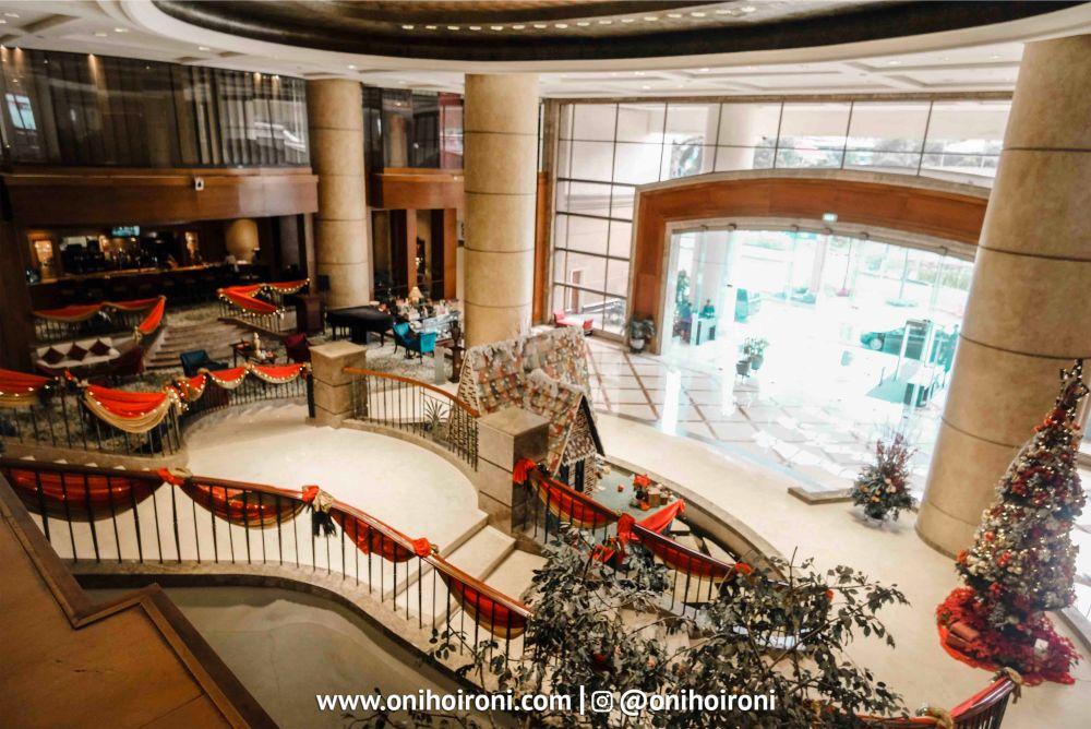 lobby crowne plaza jakarta 6