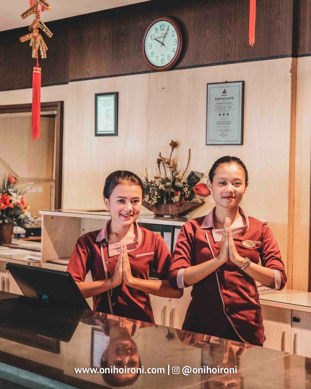 1 Lobby M One Hotel Sentul Bogor onihoironi.jpg
