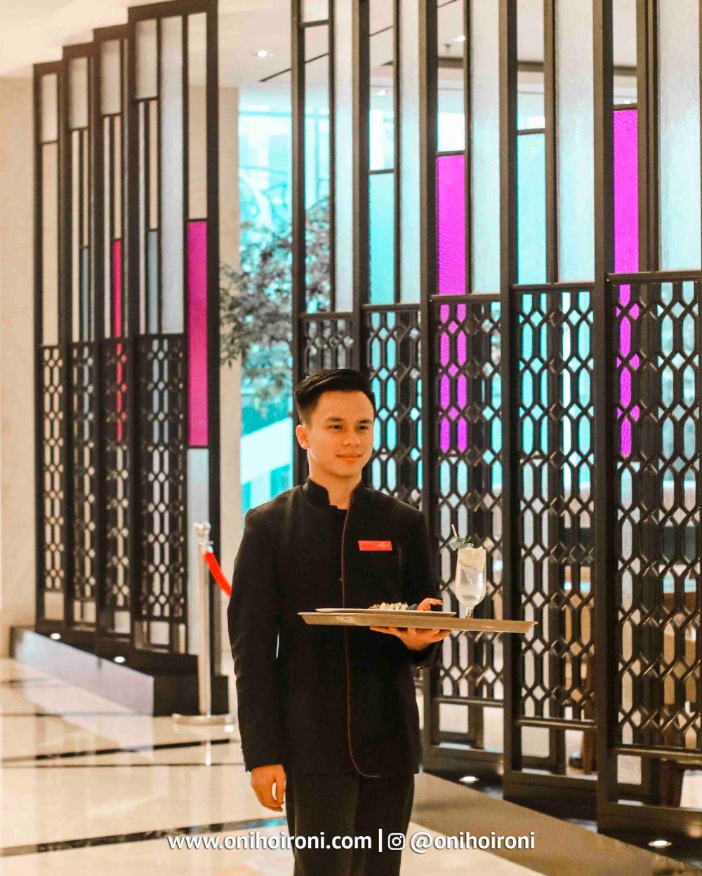 1 Mosaic all day dining Crowne Plaza Bandung Oni Hoironi