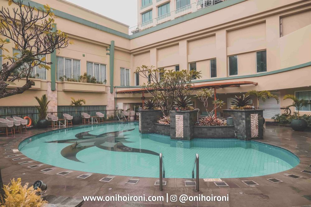 1 Swimming Pool Courtyard Bandung
