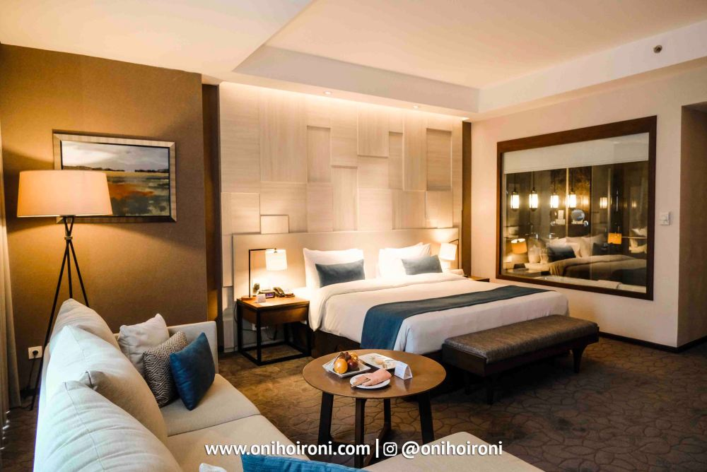12 Room Crowne Plaza Bandung Oni Hoironi