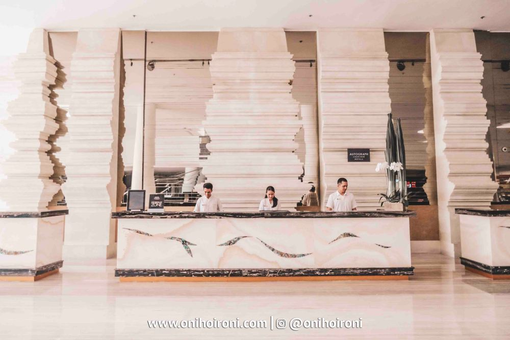 13 Lobby The Stones Hotel Legian Bali