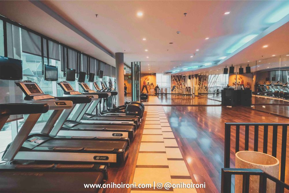 3 Fitness Centre Holiday Inn Pasteur Oni Hoironi
