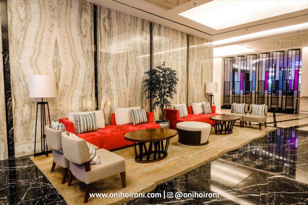 3 Lobby Crowne Plaza Bandung Oni Hoironi