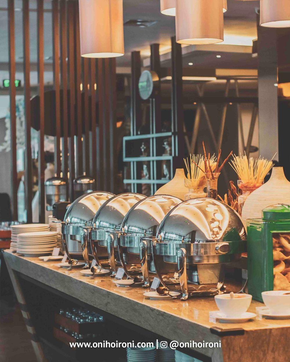 4 Food Holiday Inn Bandung Pasteur Oni hoironi