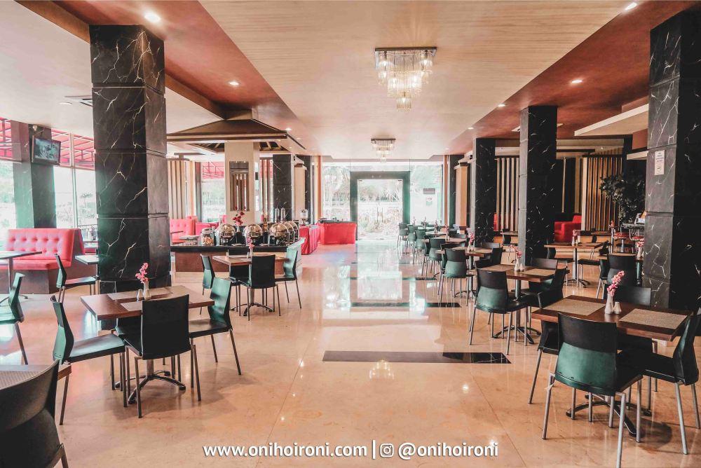 6 Jasmine Restaurant M One Hotel Sentul, Bogor