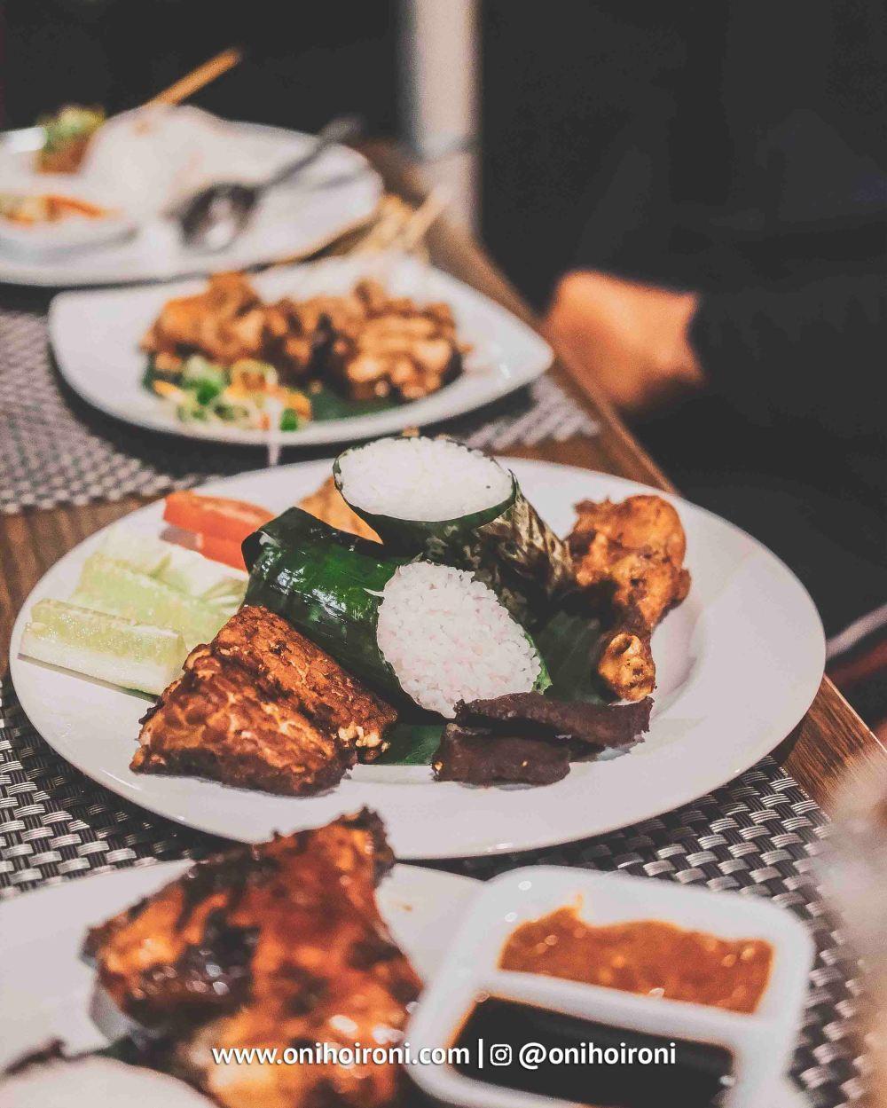 7 Food M One Hotel Sentul Bogor, Onihoironi