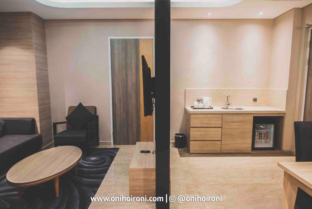 7 Room Holiday Inn Bandung Pasteur Oni Hoironi