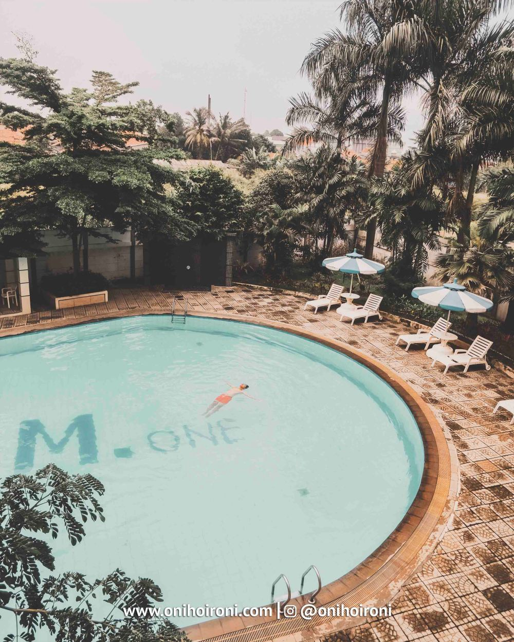 Swimming Pool M One Hotel Sentul Bogor, Onihoironi