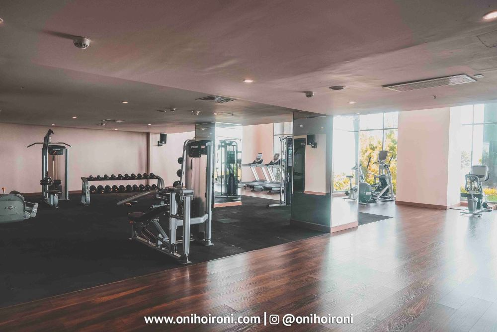 1 Fitness Center Intercontinental Bandung Oni Hoironi