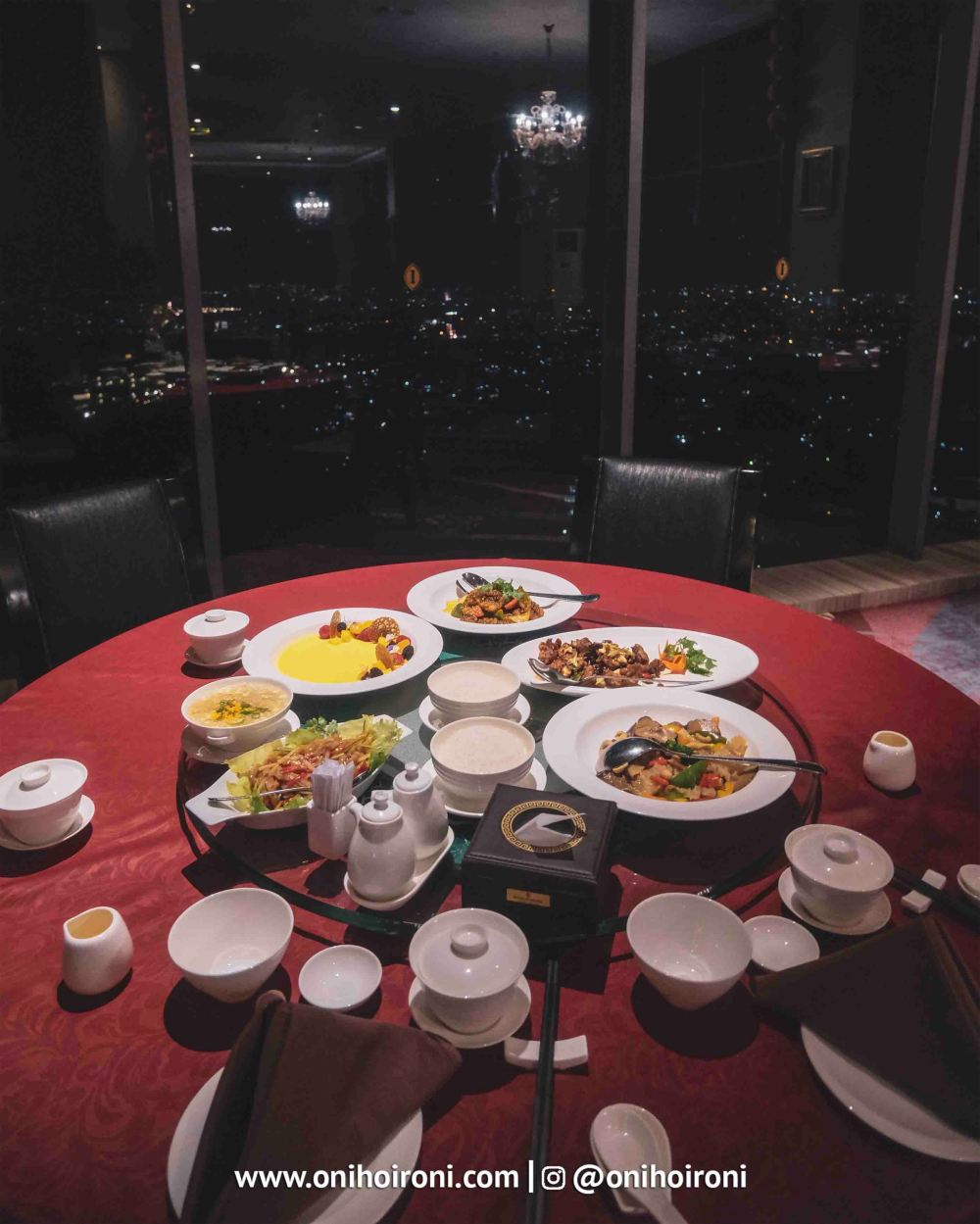 1 Food Tian Jing Lou Intercontinental Bandung Oni Hoironi