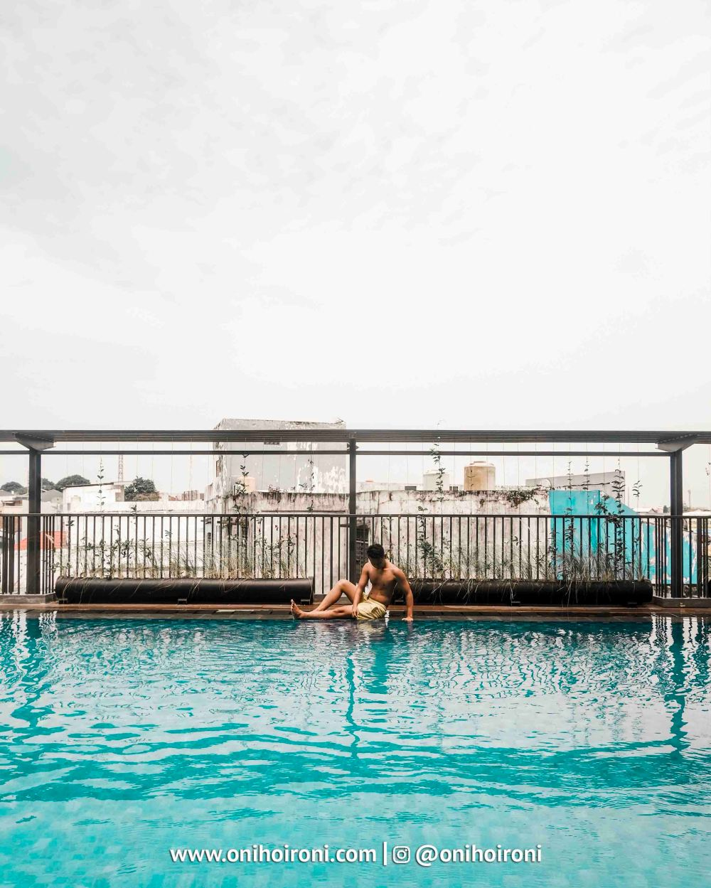 1 Swimming Pool Harper Hotel Palembang