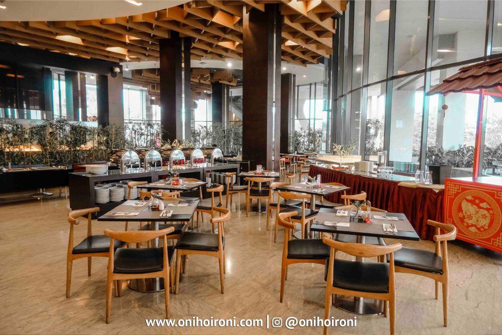 2 Belido Restaurant Aston palembang