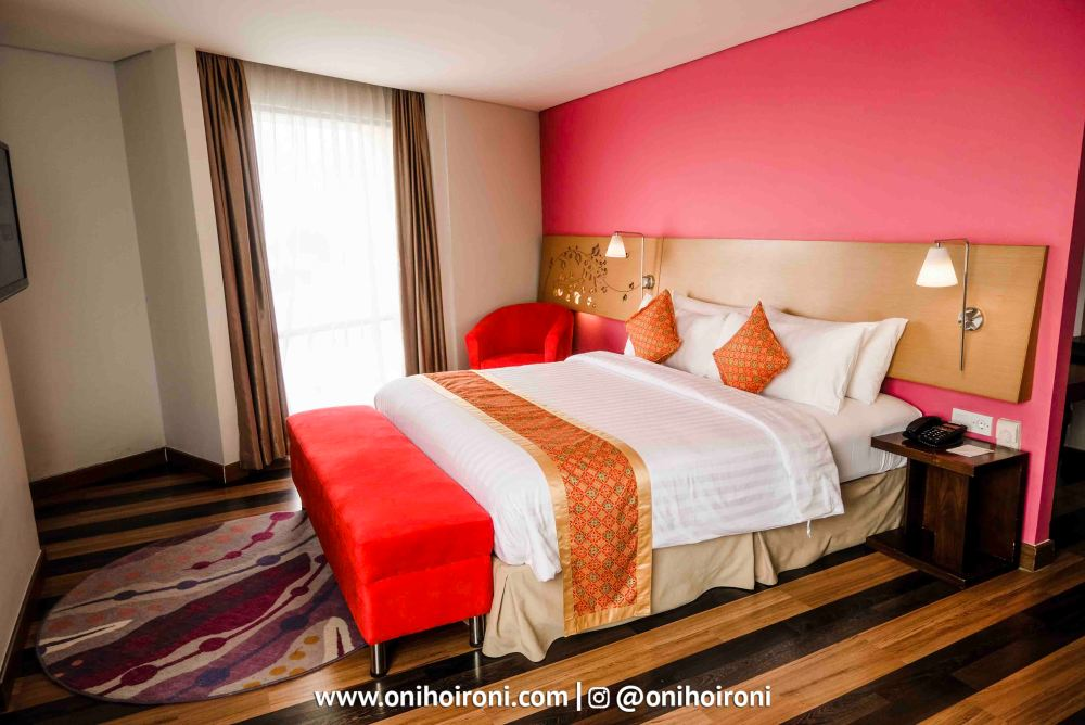 3 Room Executive Suite Aston palembang