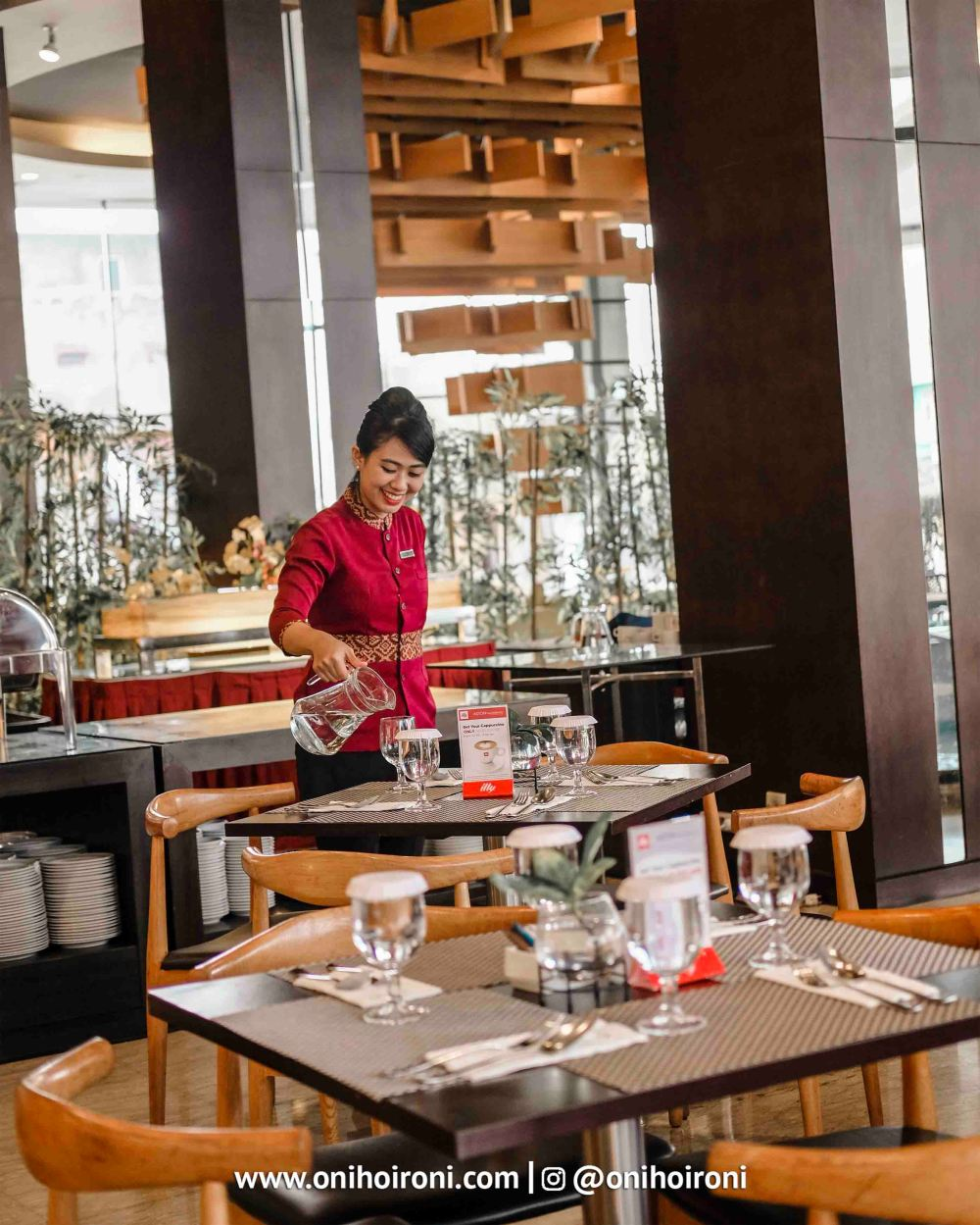 4 Belido Restaurant Aston palembang