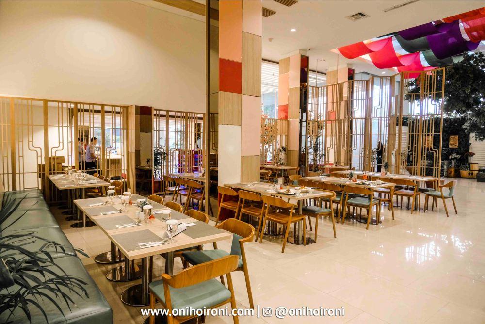 4 Lime Restaurant Fave Hotel palembang Oni Hoironi