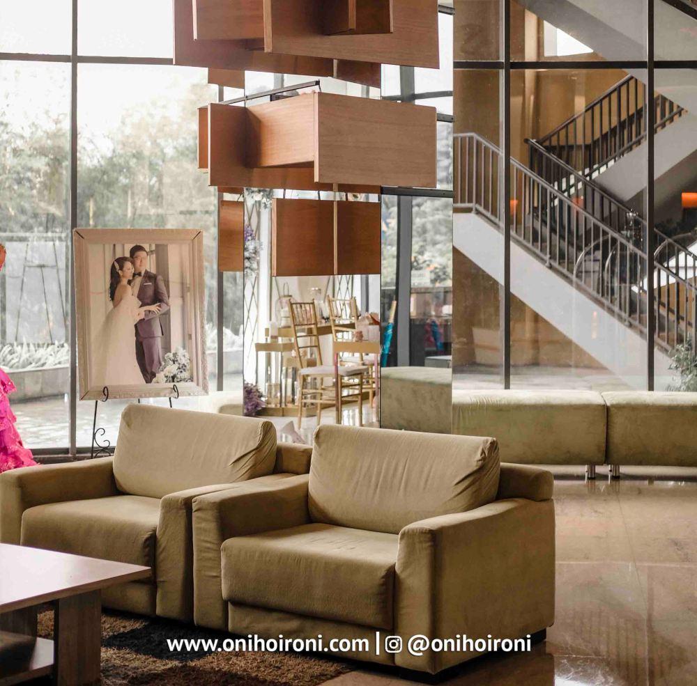 4 Lobby Aston Palembang