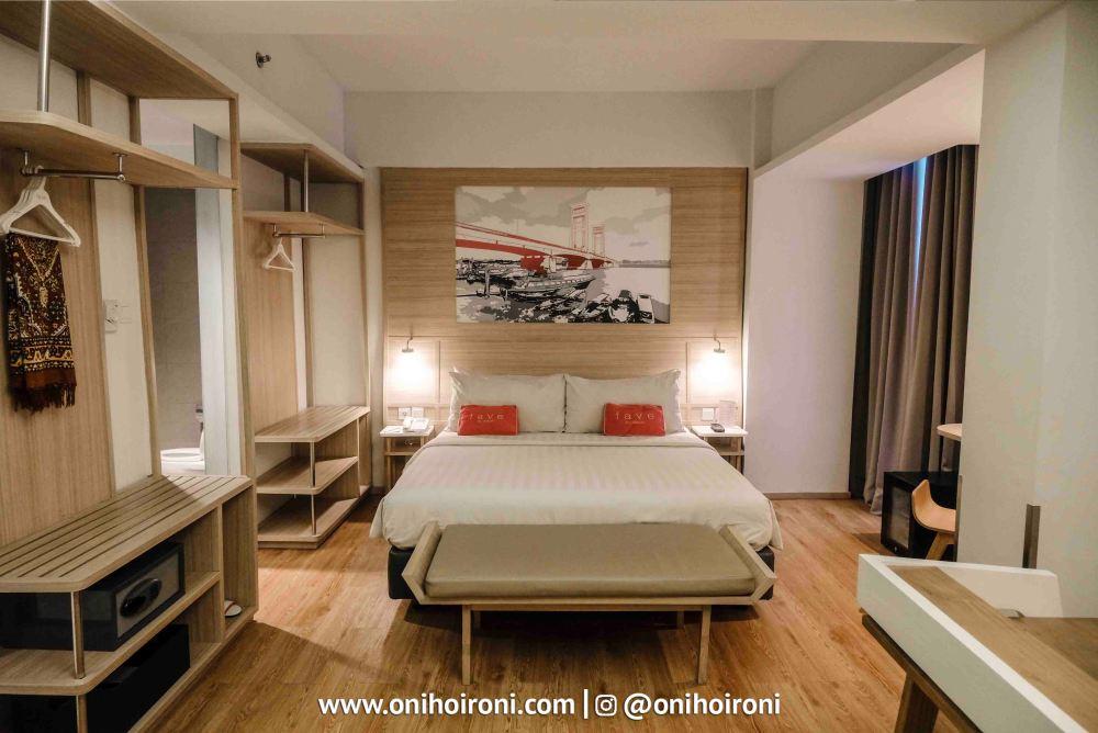 8 Room Fave Hotel palembang Oni Hoironi