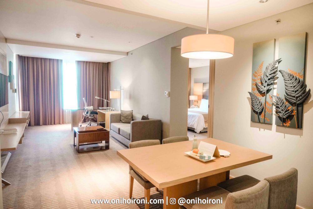 12 Room Holiday Inn Kemayoran Oni Hoironi