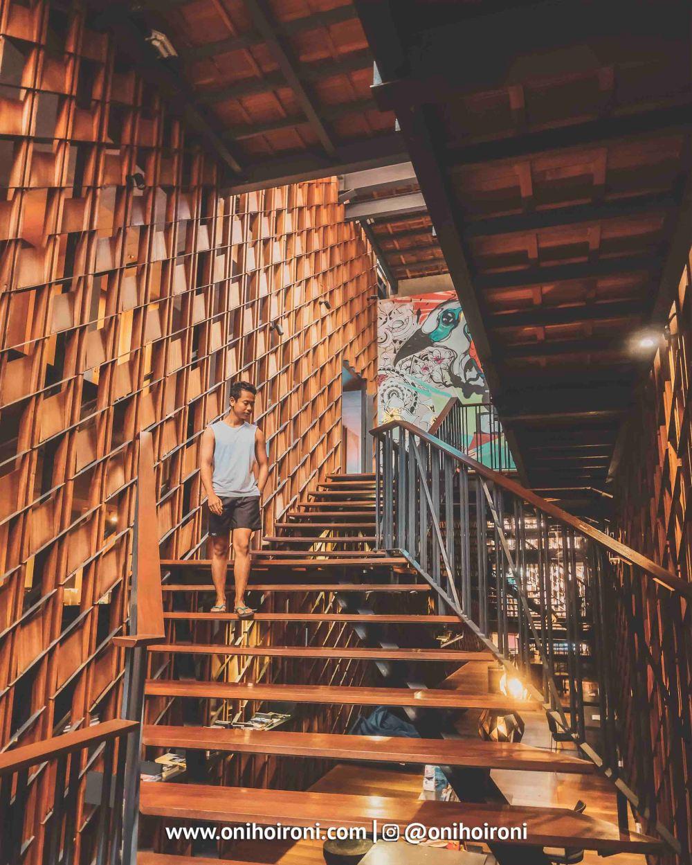 2 Lobby Artotel Sanur, Bali Oni Hoironi copy