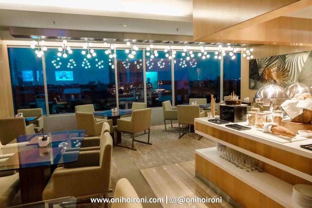 22 Executive Lounge Holiday Inn Kemayoran Jakarta Oni hoironi