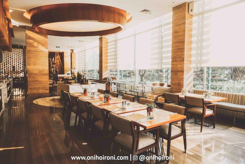 3 Botany Restaurant Holiday Inn Kemayoran Jakarta Oni hoironi