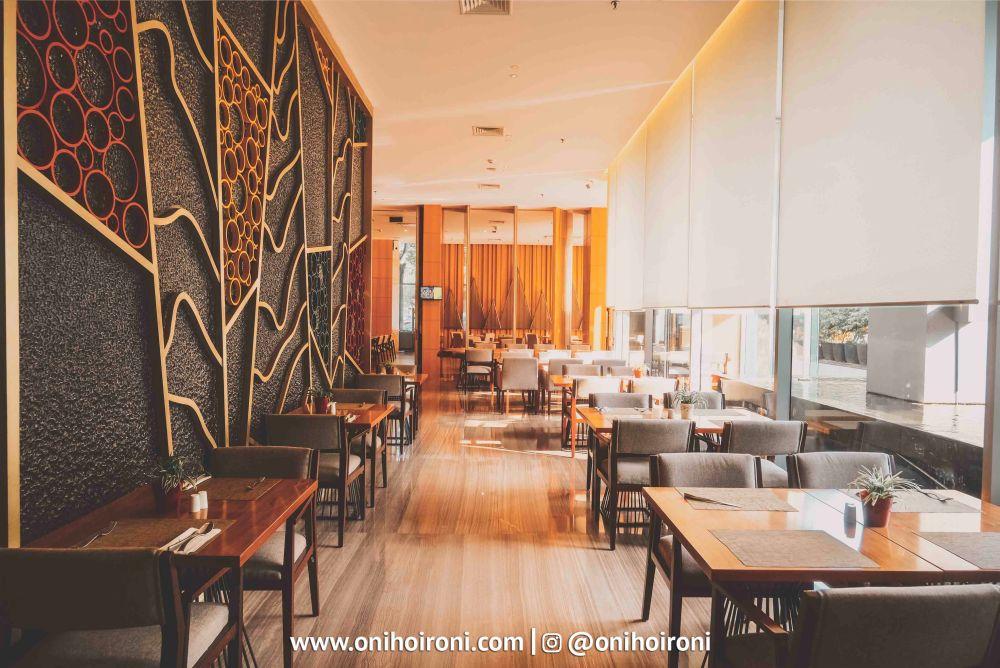 4 Botany Restaurant Holiday Inn Kemayoran Jakarta Oni hoironi