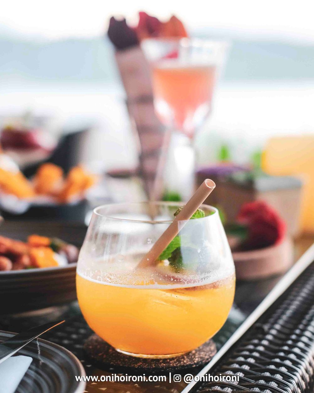4 food makanan Sunset beach bar and grill intercontinental bali resort oni hoironi restaurant di jimbaran