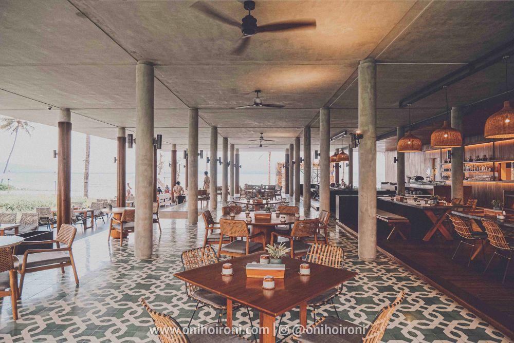11 Casabanyu restaurant & bar Review Hotel Dialoog Banyuwangi oni hoironi