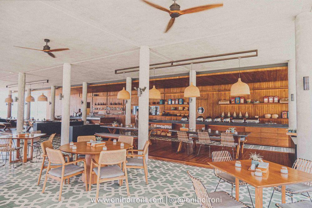 22 Casabanyu restaurant & bar Review Hotel Dialoog Banyuwangi oni hoironi