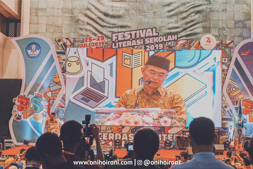 3 1 Festival Literasi Sekolah 2019 oni hoironi